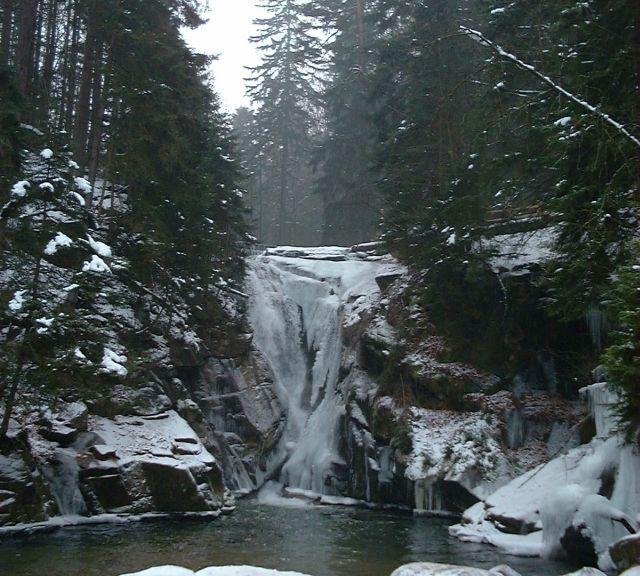 Poland,_Szklarki_waterfall, fot. Wikipedia, przesłane przez użytkownika Merlin